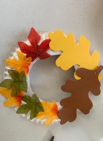 leaf wreath craft for thanksgiving